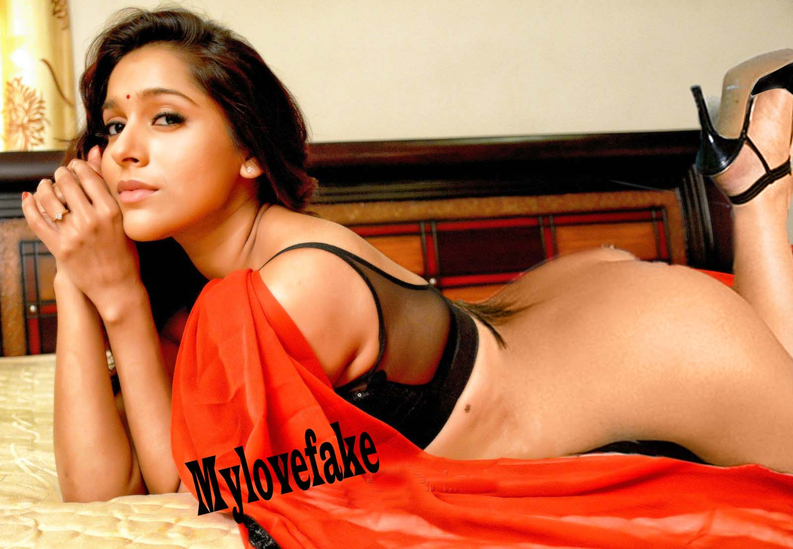 Rashmi gautam in short skirt