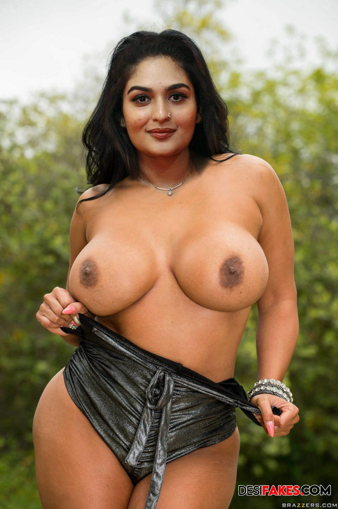 Prayaga Martin nude boobs
