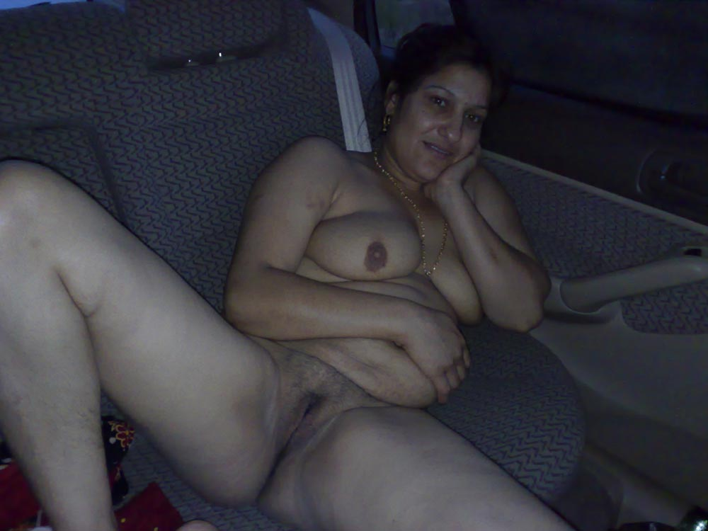 Car sex with aunty